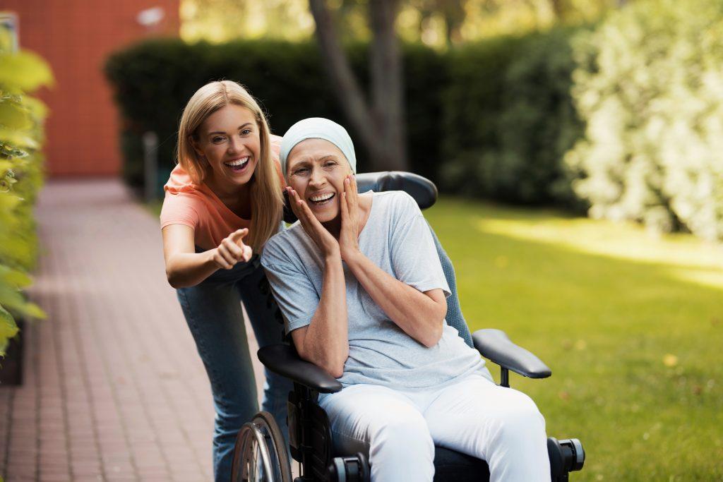 Bệnh nhân mắc bệnh ung thư khi tuổi còn trẻ